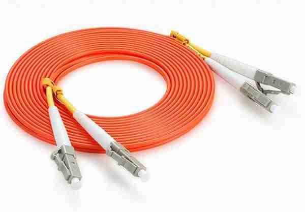 1m (3ft) to 5 M(15 ft) LC/APC to LC/APC OM2 Multi-Mode PVC 3.0mm Fiber Optic Patch Cable ; G652D